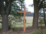 Instalace památného kříže